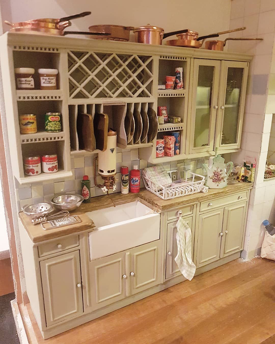 The Kitchen Counter In Maison De Paris Love How All Those Little Miniatures Found There Place Dollhouse Dollh Diy Doll Kitchen Miniature Kitchen Doll House