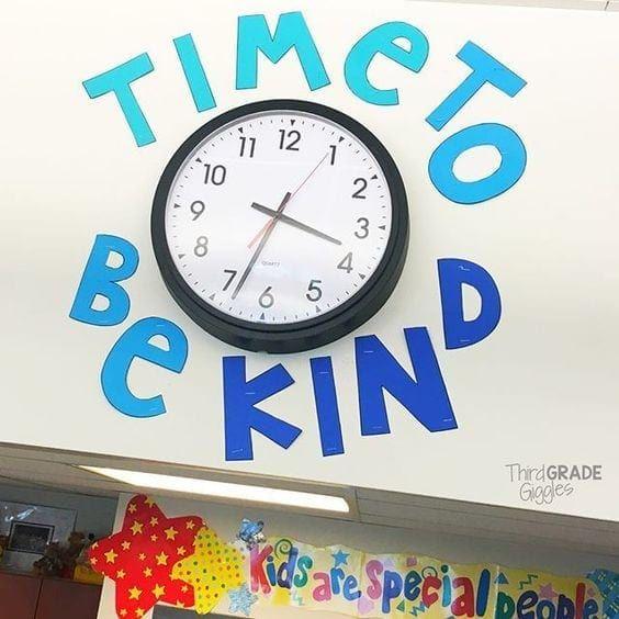 Photo of 18 Creative Ways to Dress Up Your Classroom Clock
