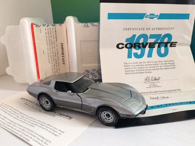FRANKLIN MINT DIECAST CAR PRECISION MODEL NIB COA BOX 1978 CORVETTE SILVER CHEVY