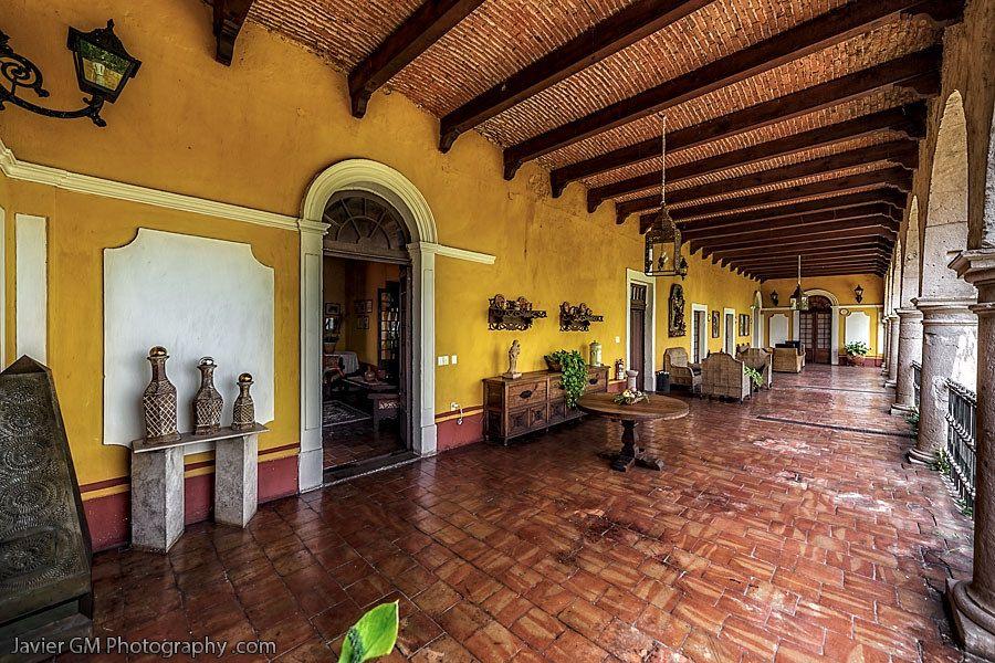 Pin de socorro bayardo en local nogalera casas casas for Fachadas de casas mexicanas rusticas