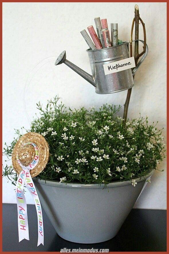 Kreative und Großartige Gießkanne – Spende pro zusammensetzen Gartenliebhaber. – #a # pro #Ga…