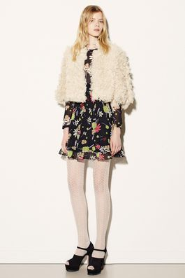 Red Valentino Fall 2015 Ready-to-Wear Fashion Show: Complete Collection - Style.com