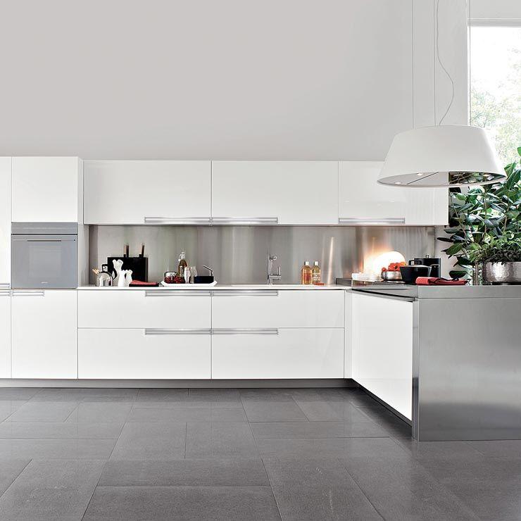 Da sempre per .elmar la cucina è sinonimo di condivisione e ...
