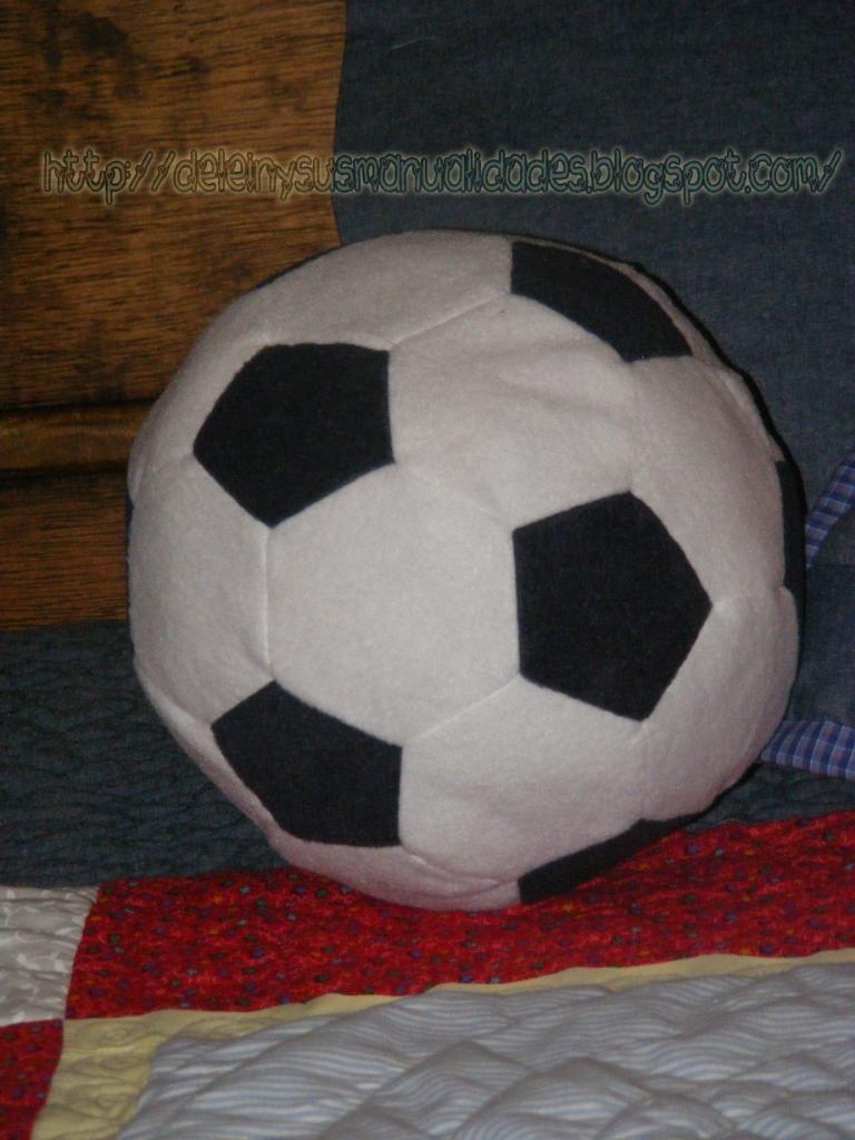 Cojin en forma de pelota  f7462867045bb