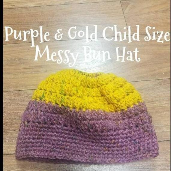 Girls Bun Beanie, Kids Bun Beanie, Messy Crochet Beanie, Crochet Hair Bun Hat, Messy Bun Crochet, Messy Hair, Bun Hat Crochet, Messy Bun #kidsmessyhats Girls Bun Beanie Kids Bun Beanie Messy Crochet Beanie | Etsy #kidsmessyhats