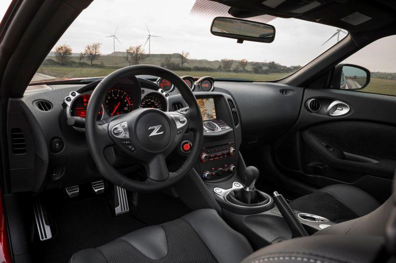 Good Nissan 370Z # Interior