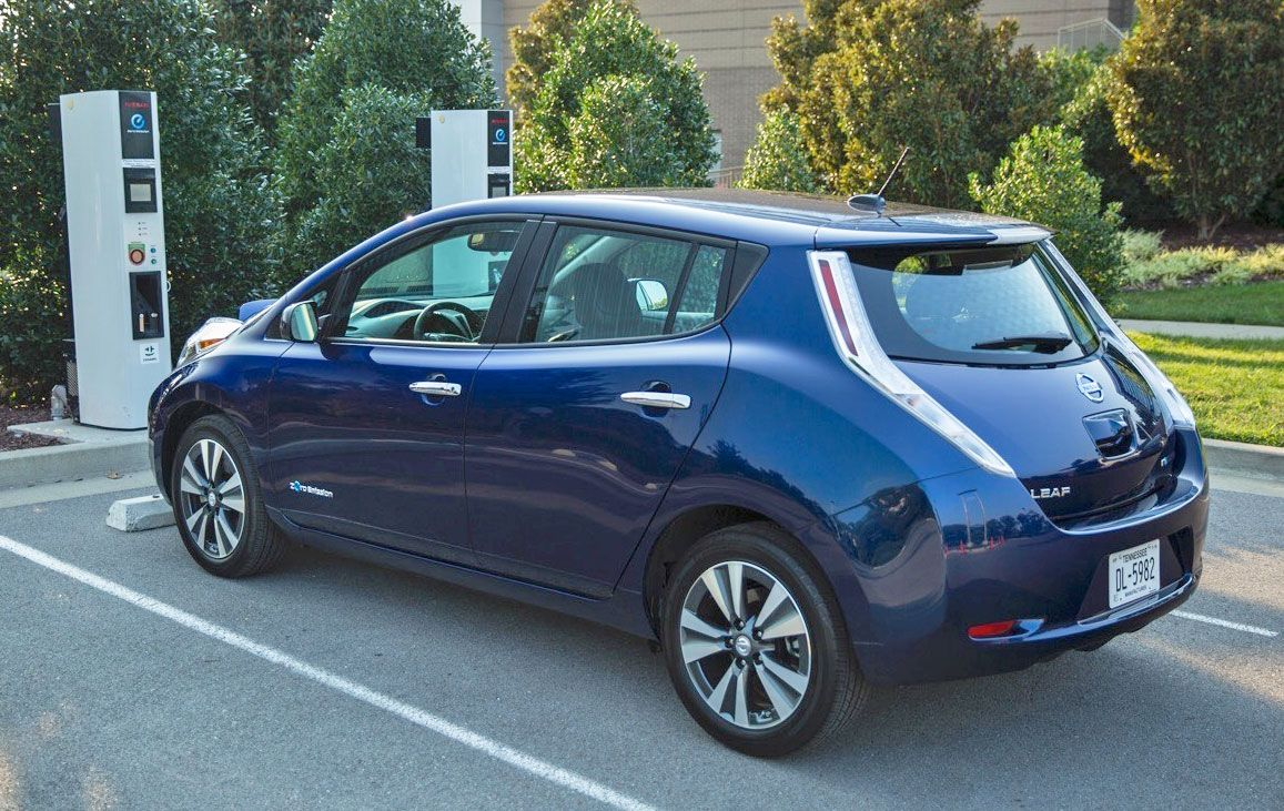 California may give EV buyers instant rebates Nissan