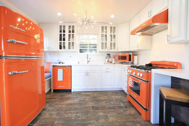 Best 20 Modern Kitchens With Cool Retro Appliances Retro 400 x 300