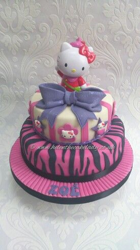 HELLO KITTY 2 tier birthday cake Fun ideas for parties and keep
