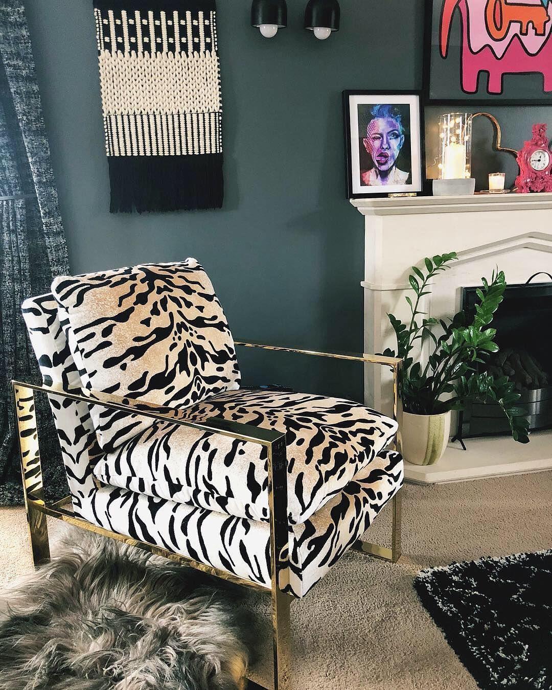 f8b2869566  treasureseeker.  statementfurniture  accentfurniture  zebraprint  humpday   interior123  likeitstyleit  decor  modernhome