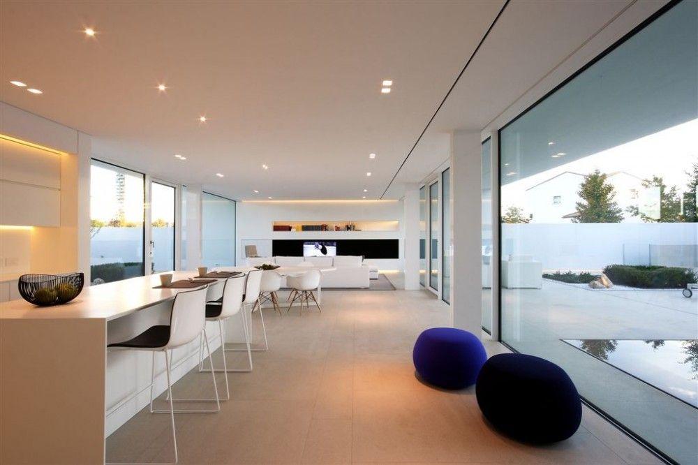 CESTA-POUF Jesolo Lido Pool Villa / JM Architecture