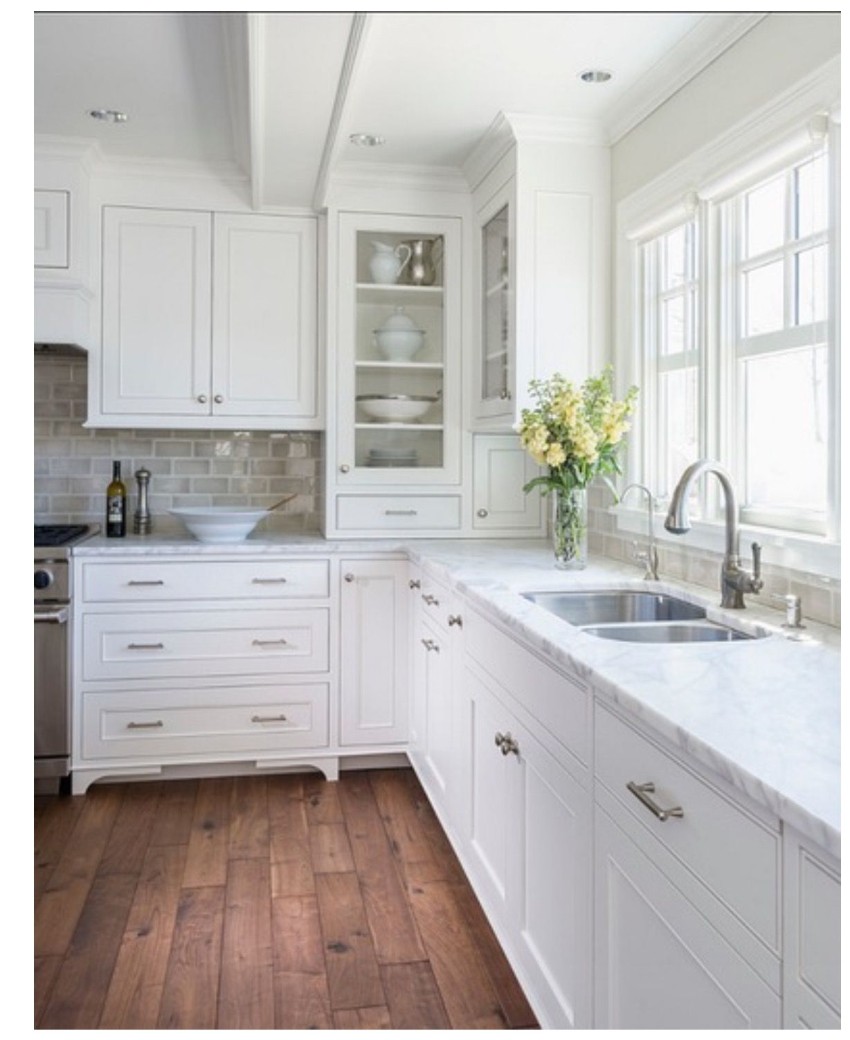 Kitchen in Simply White Benjamin Moore | White kitchen ...