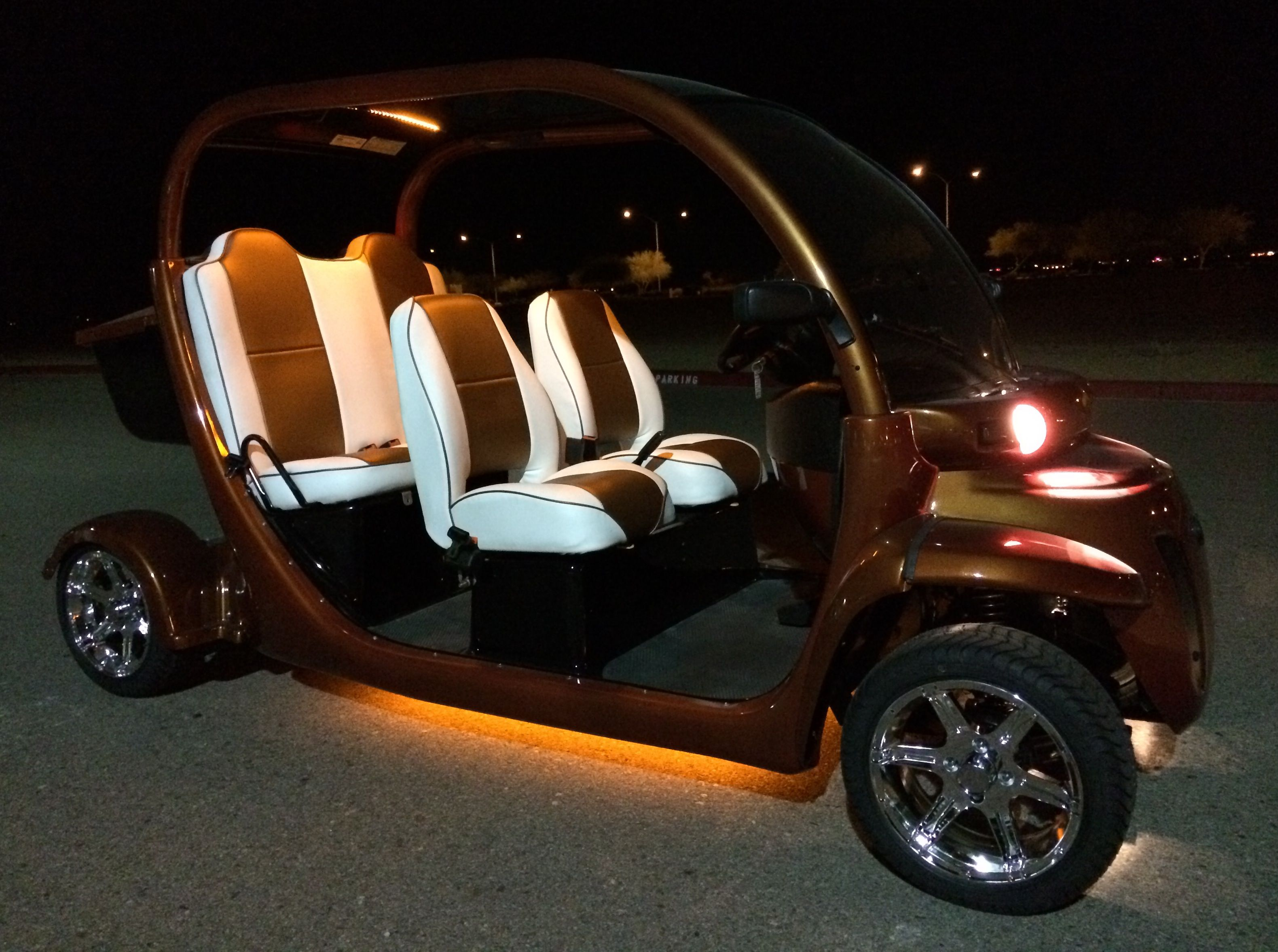 BRAND NEW GEM CAR E6 SUPER STRETCH 6 SEAT LIMO CART COMPLETELY ...