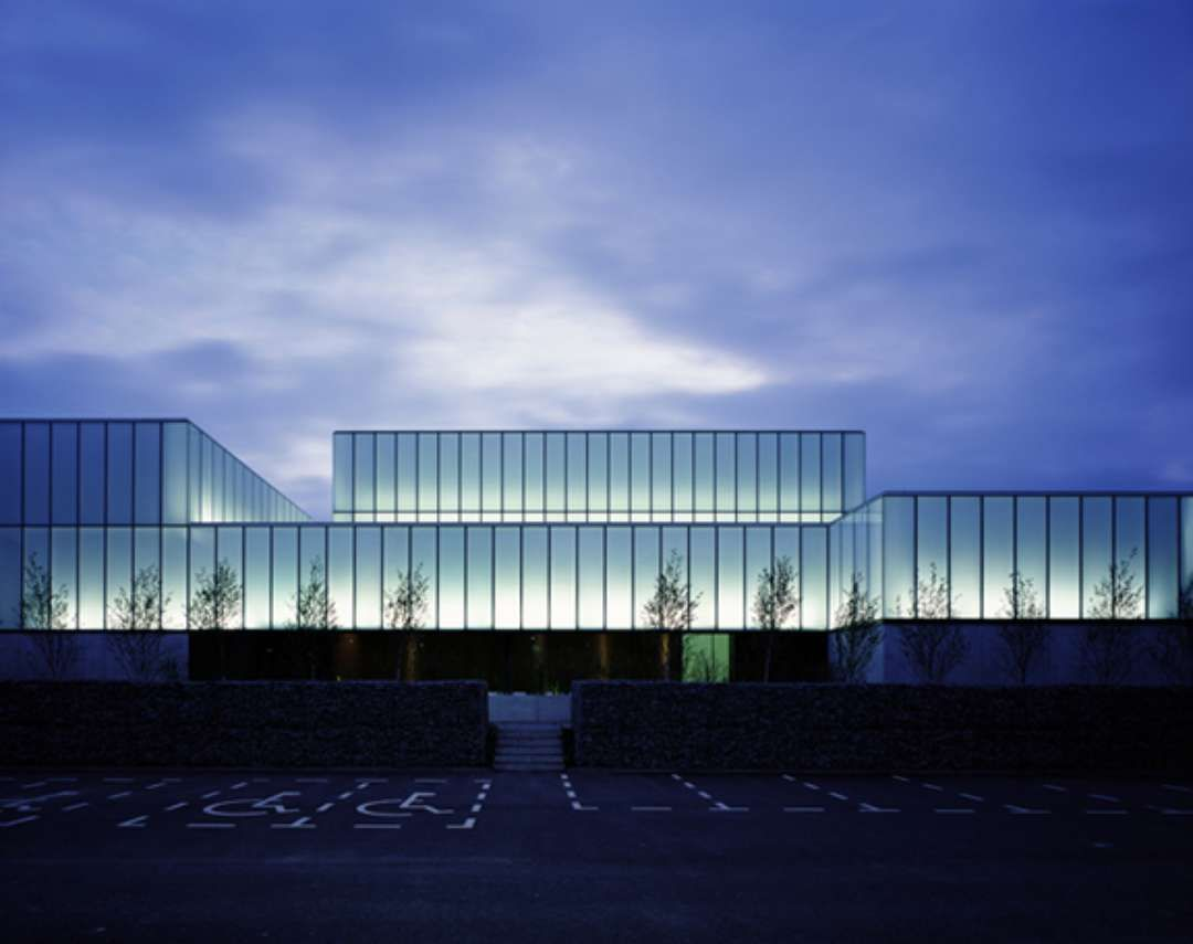 Glass facade texture  frosted glass facade - Buscar con Google | Edificios | Pinterest ...