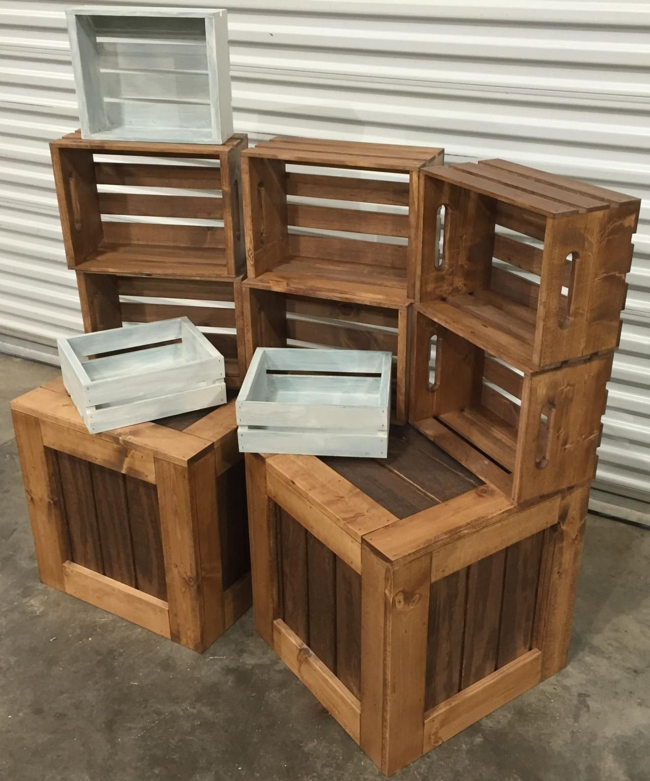 Imagining Your Interior Store With Rustic Boutique Display