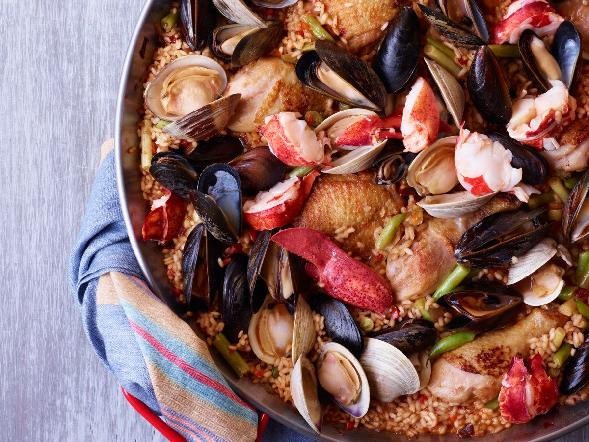 Chicken And Seafood Paella Recipe Paella Recipe Wine Recipes Seafood Paella