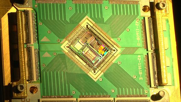Nasa Google Reveal Quantum Computing Leap That Leaves Traditional Pcs In The Dust Quantum Computer Computer Hardware Computer