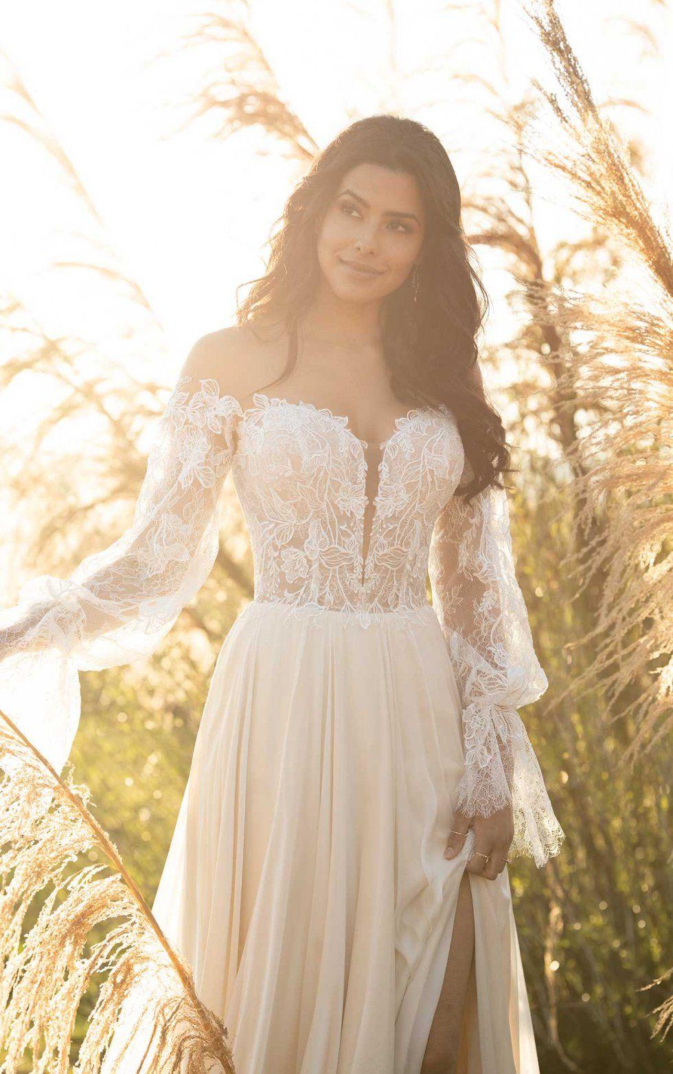 Stunning Boho Wedding Dress All Who Wander Boho Wedding Gown Wedding Dresses Whimsical Boho Chic Wedding Dress [ 1563 x 980 Pixel ]