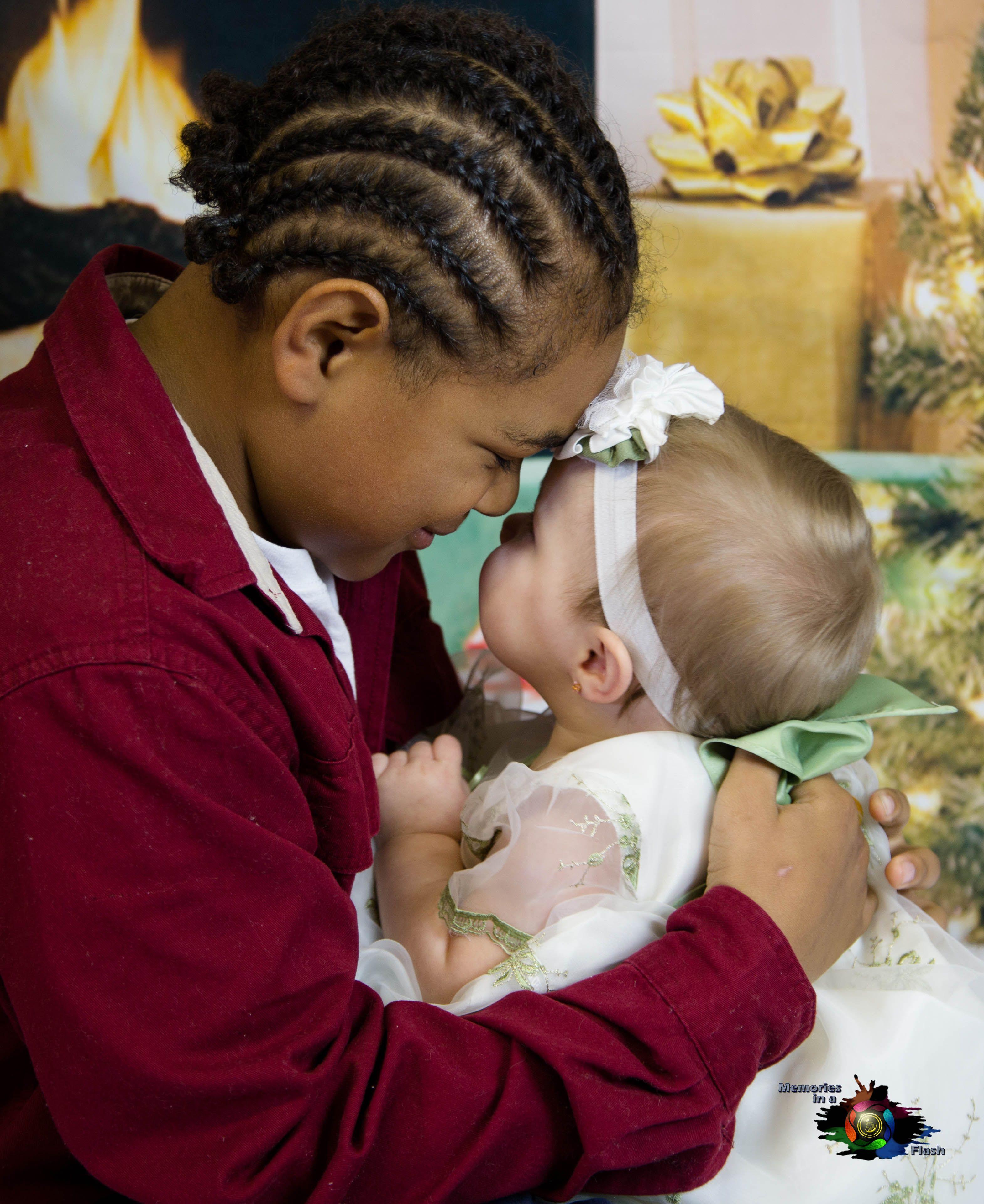 Southern Oregon Christmas Photography | Kristine Eldridge | Memories In A Flash | www.gpmemories.com