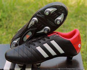 Detail Sepatu Bola Merek Adidas Color Hitam Merah Code
