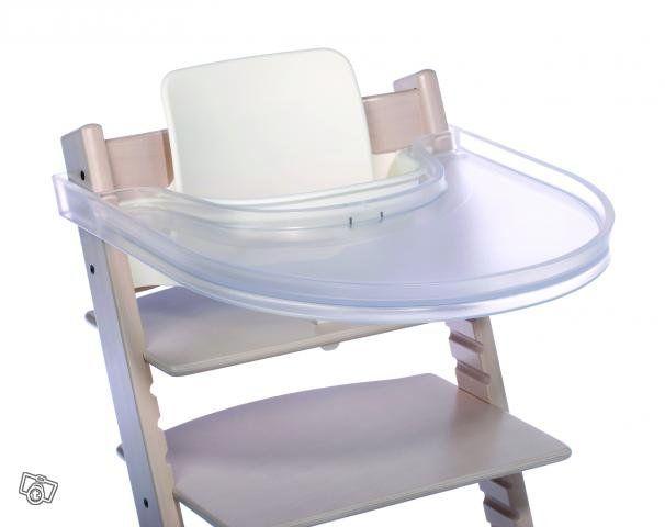 Playtray-tarjotin suunniteltu STOKKE-tuolille