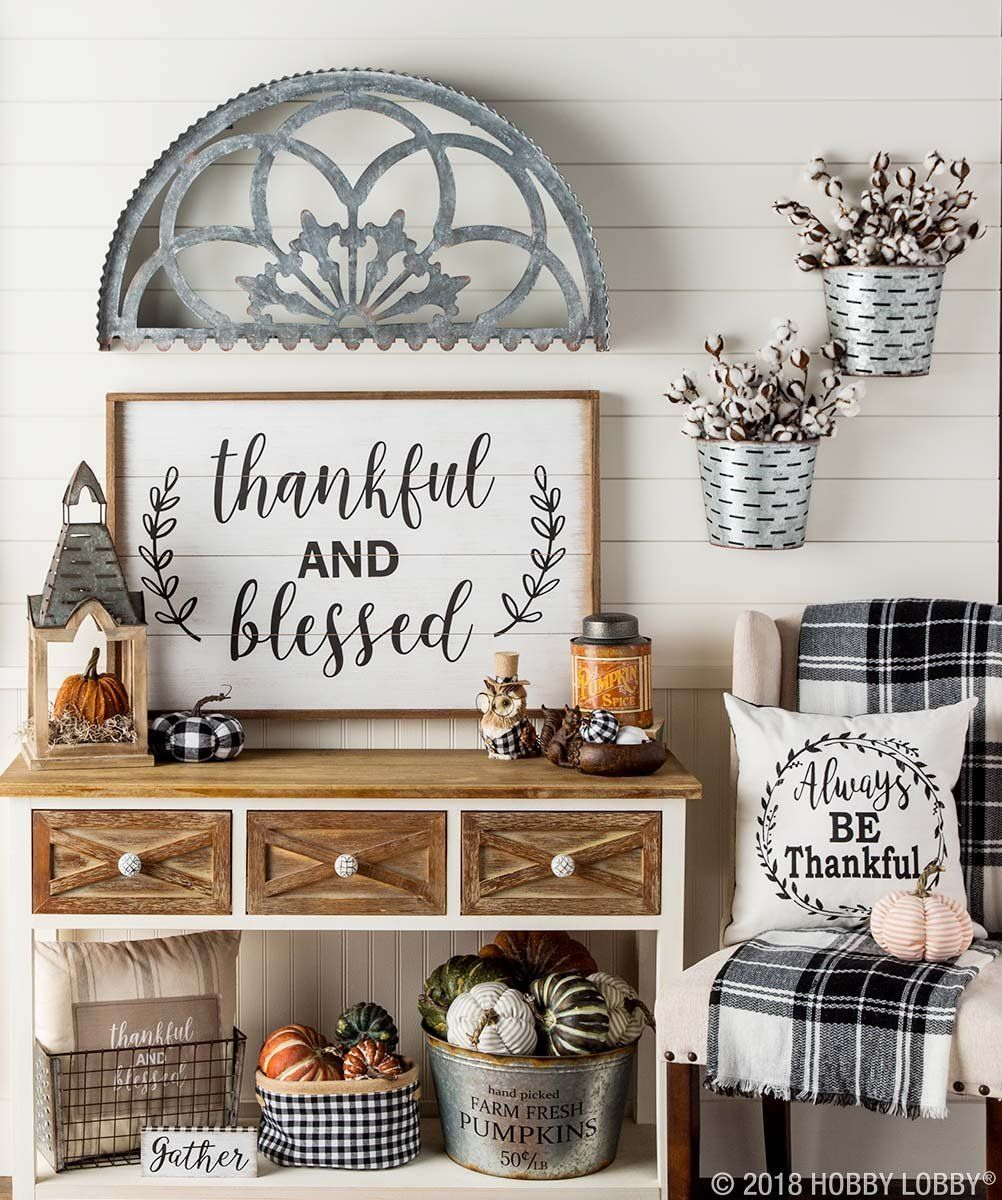 4 Simple Rustic Farmhouse Living Room Decor Ideas: Update Your Decor For Fall With Pumpkins And Plaid!