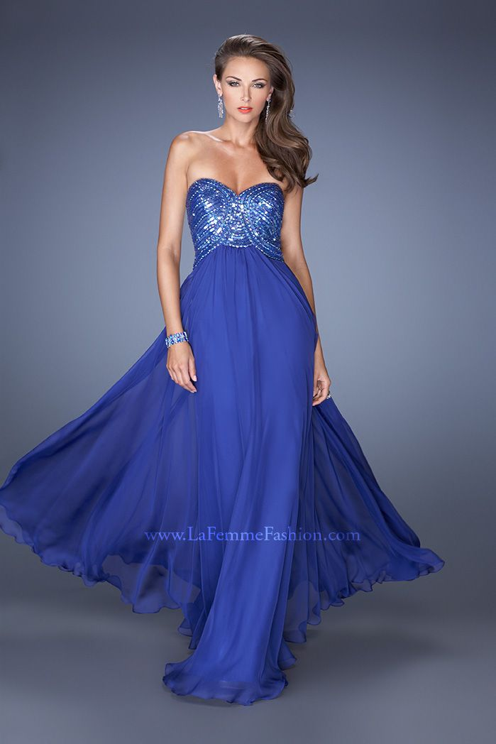Don't you love the vivid blue of this La Femme 19614 #ipaprom