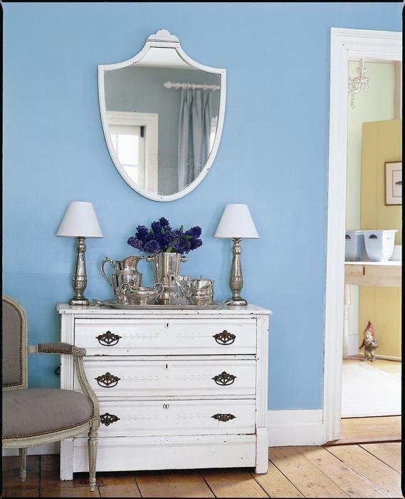 Lustra Do Przedpokoju Wybierz Lustro Stylowe Ozdobne Lub Stojace Aranzacje Przedpokojow Dresser As Nightstand Home Decor Furniture