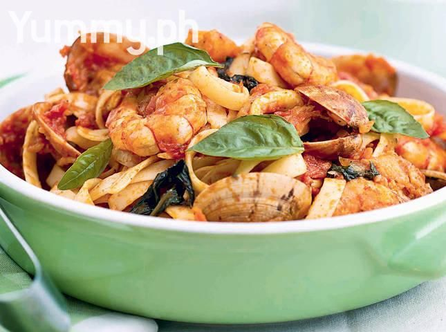Seafood pasta pasta perfect pinterest seafood pasta pasta food seafood pasta easy filipino recipesseafood forumfinder Choice Image
