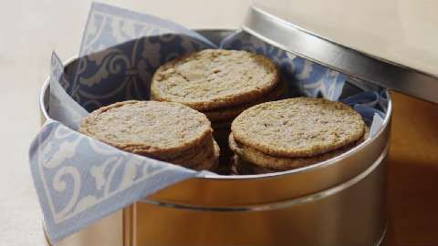 Molasses Cookies http://allrecipes.com/recipe/molasses-cookies/