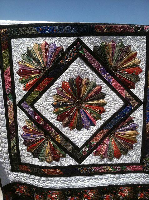 Tie Quilts Pattern Ideas 76 | Tie quilt, Quilt patterns