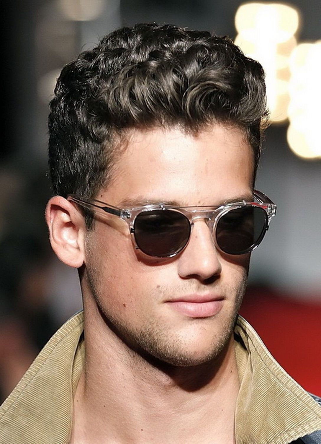 Short Hair Hairstyles For Men With Curly Hair Curly Hair Men Wavy Hair Men Mens Short Curly Hairstyles