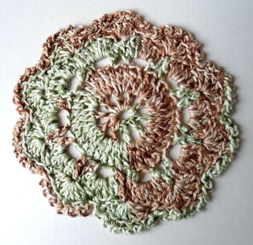 """Free pattern for """"Camo Print Dishcloth""""...this is a beautiful motif, too!"""