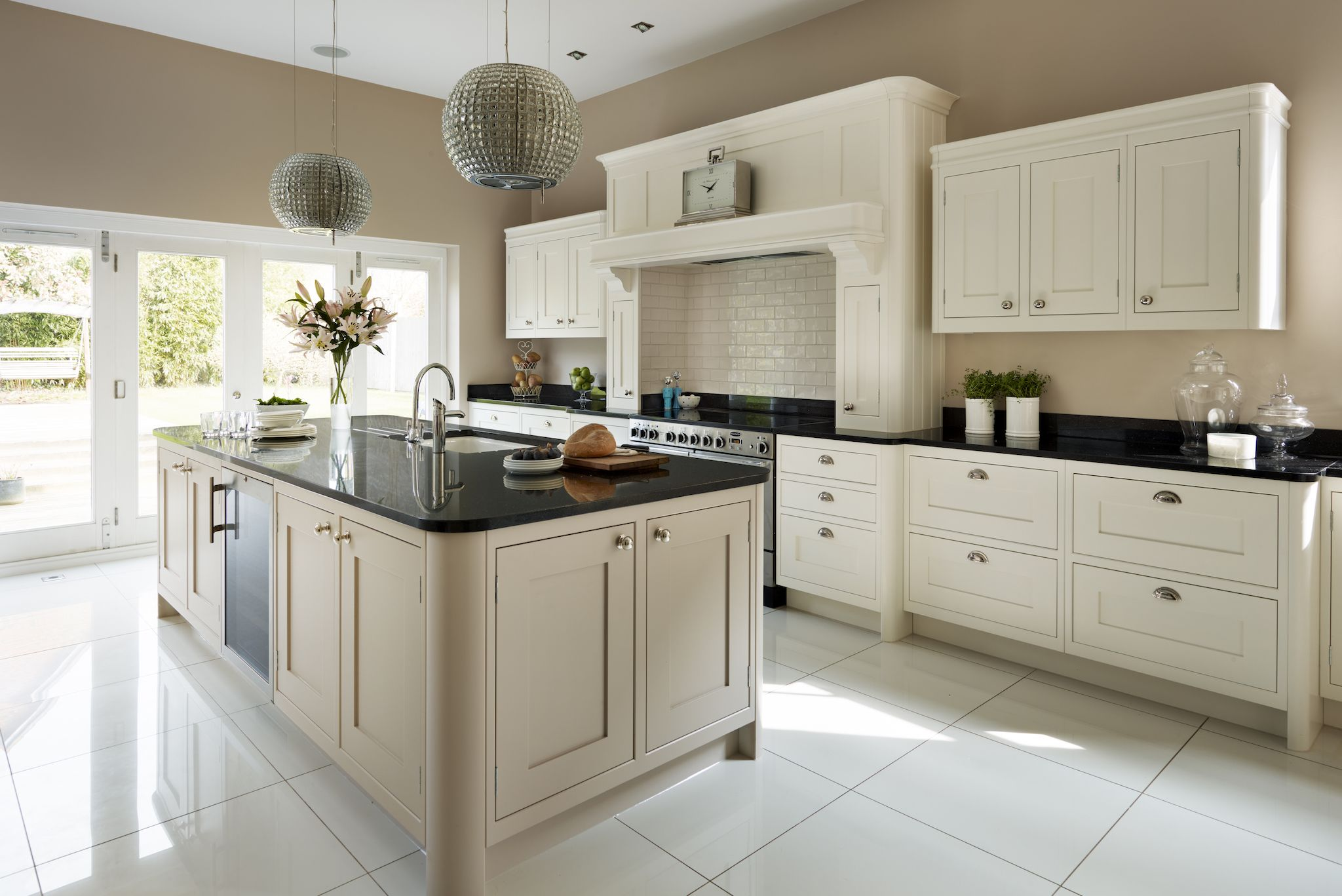Solid Wood Shaker Style Kitchen | Davonport Kitchens in ...