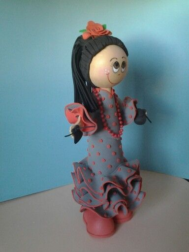 Fofucha Marta con traje de  flamenca