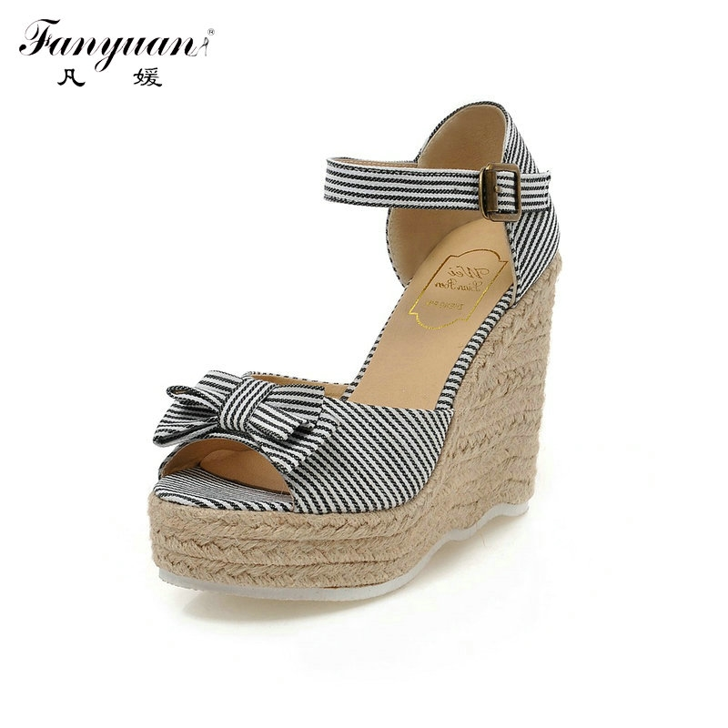 31.10$  Buy here - http://aif0d.worlditems.win/all/product.php?id=32796920606 - 2017 Fanyuan Hot Gladiator Sandals Peep Toe Striped Wedges Elegant Butterfly-Knot Mixed Straw Heel Women's Platform Summer Shoes