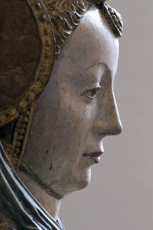 Detail van een beeld van Ursula gemaakt door Meester van de Utrechtse Stenen Vrouwenkop, ca. 1530, gepolychromeerd eikenhout.  Foto Museum Catharijneconvent