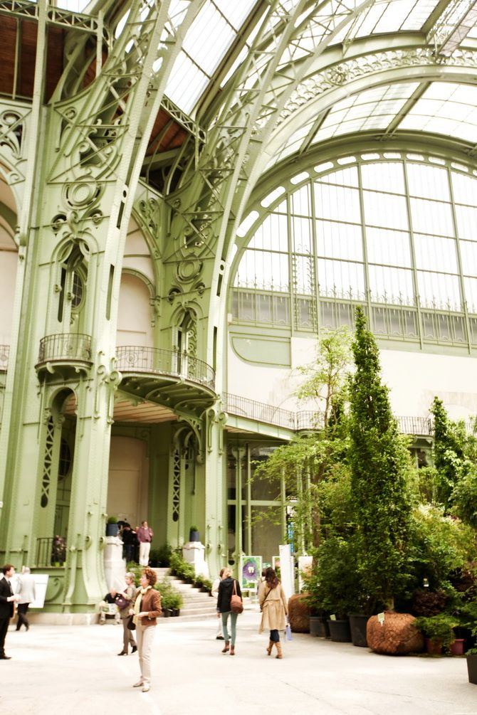 grand palais in paris beautiful places winter garden conservatory glass house. Black Bedroom Furniture Sets. Home Design Ideas