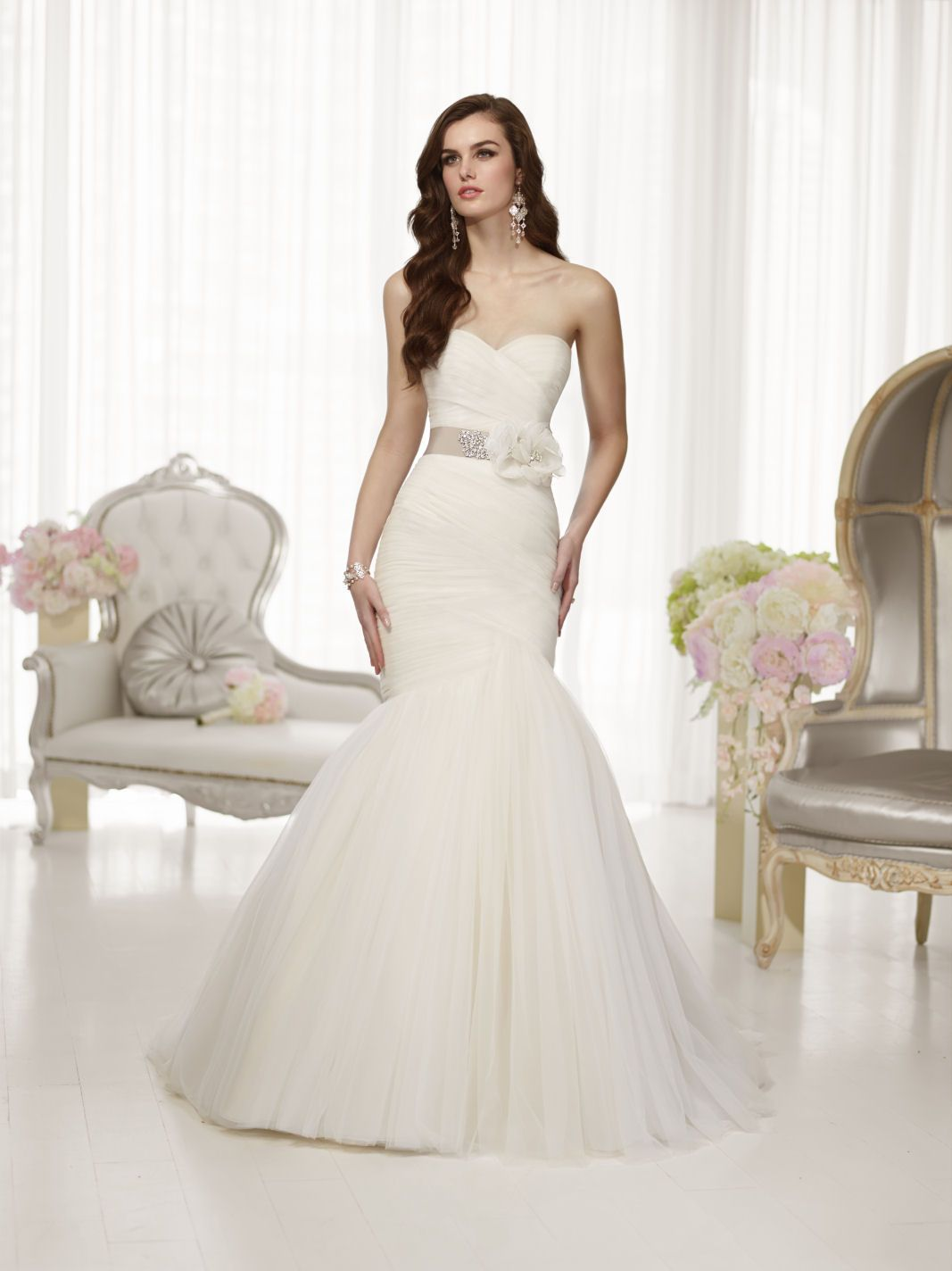 Essense Of Australia This Designer Tulle Trumpet Gown Offers Non Stop Glamour Thanks To Layers Crisscrossed Ruching On Its Figure Flattering Bodice