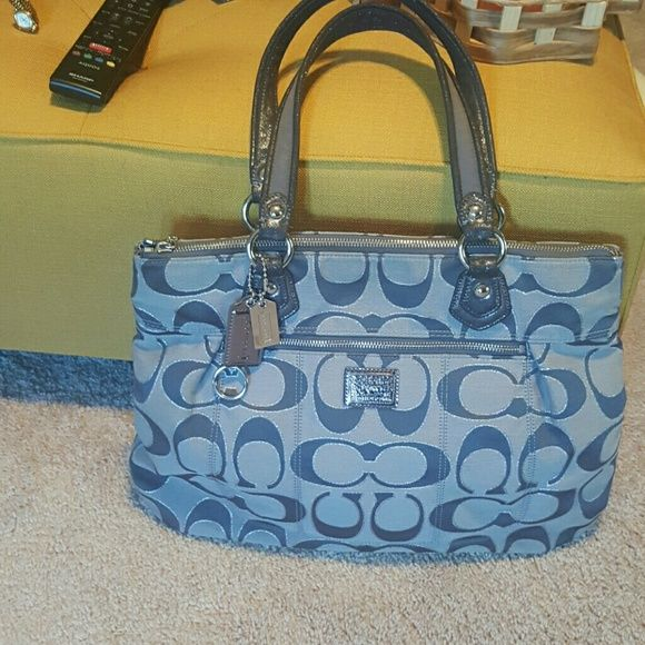 f73730d3b4bd Large Coach Handbag TODAY SALE ONLY Grey fabric in used condition just a  few rub stains no damage a great handbag 17 1 2 x 121 2 Coach Bags Shoulder  Bags