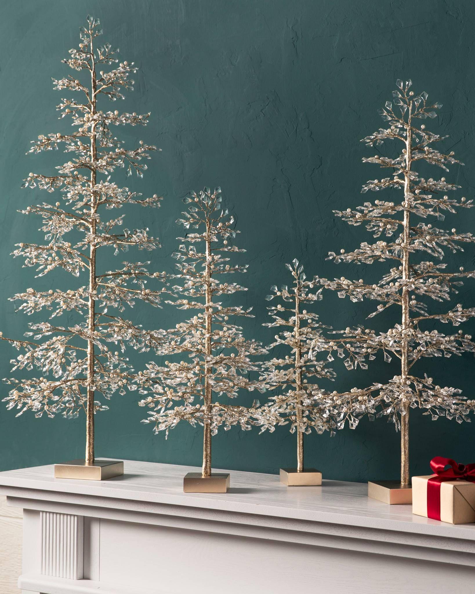 Pin On Winter Themed Christmas Tree Decorating Ideas