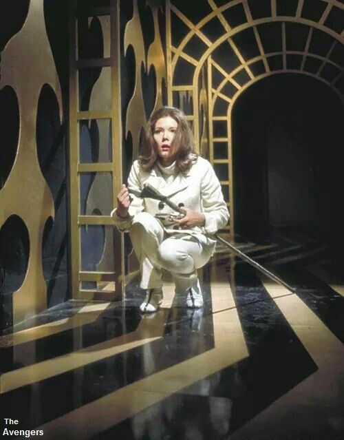 *m. Emma Peel in THE HOUSE THAT JACK BUILT. Rare color