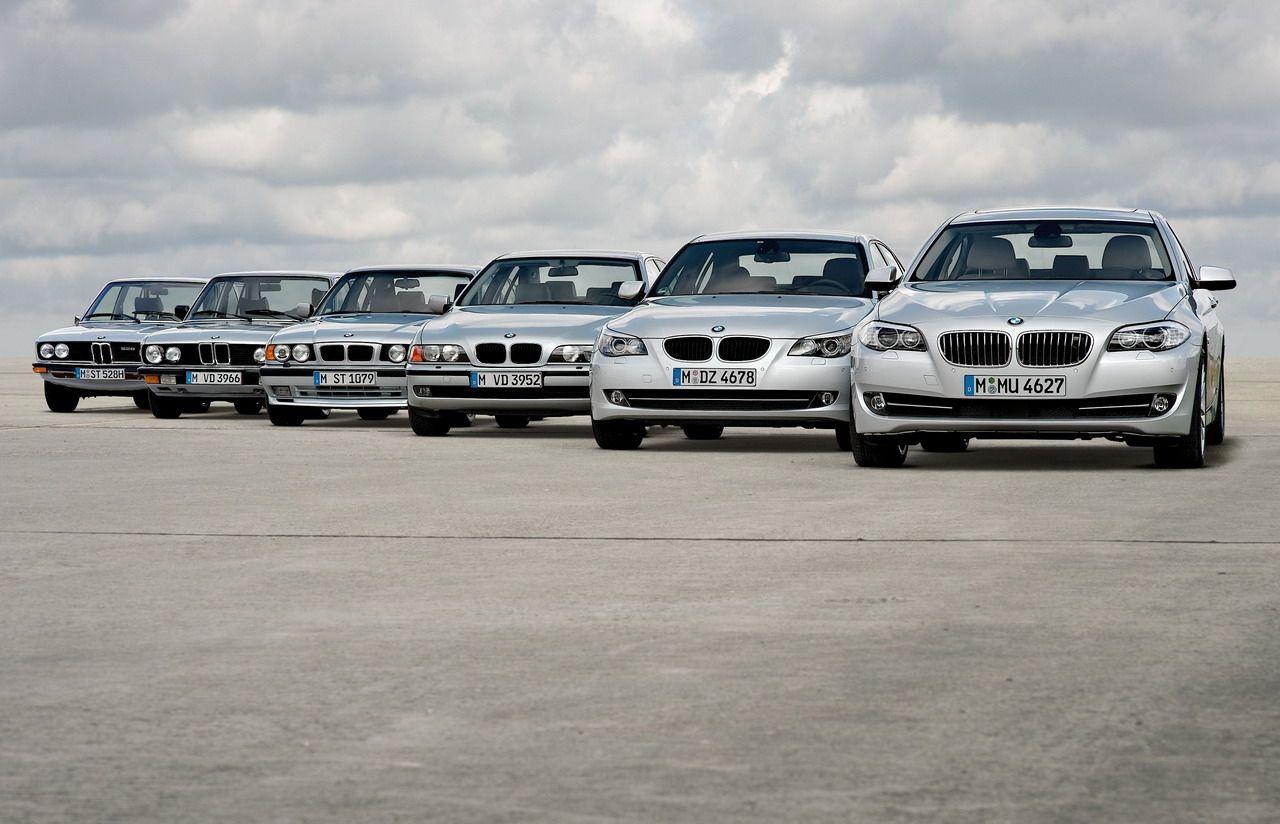 Bmw 5 Series Generations Bmw 5 Series Bmw Series Bmw Alpina
