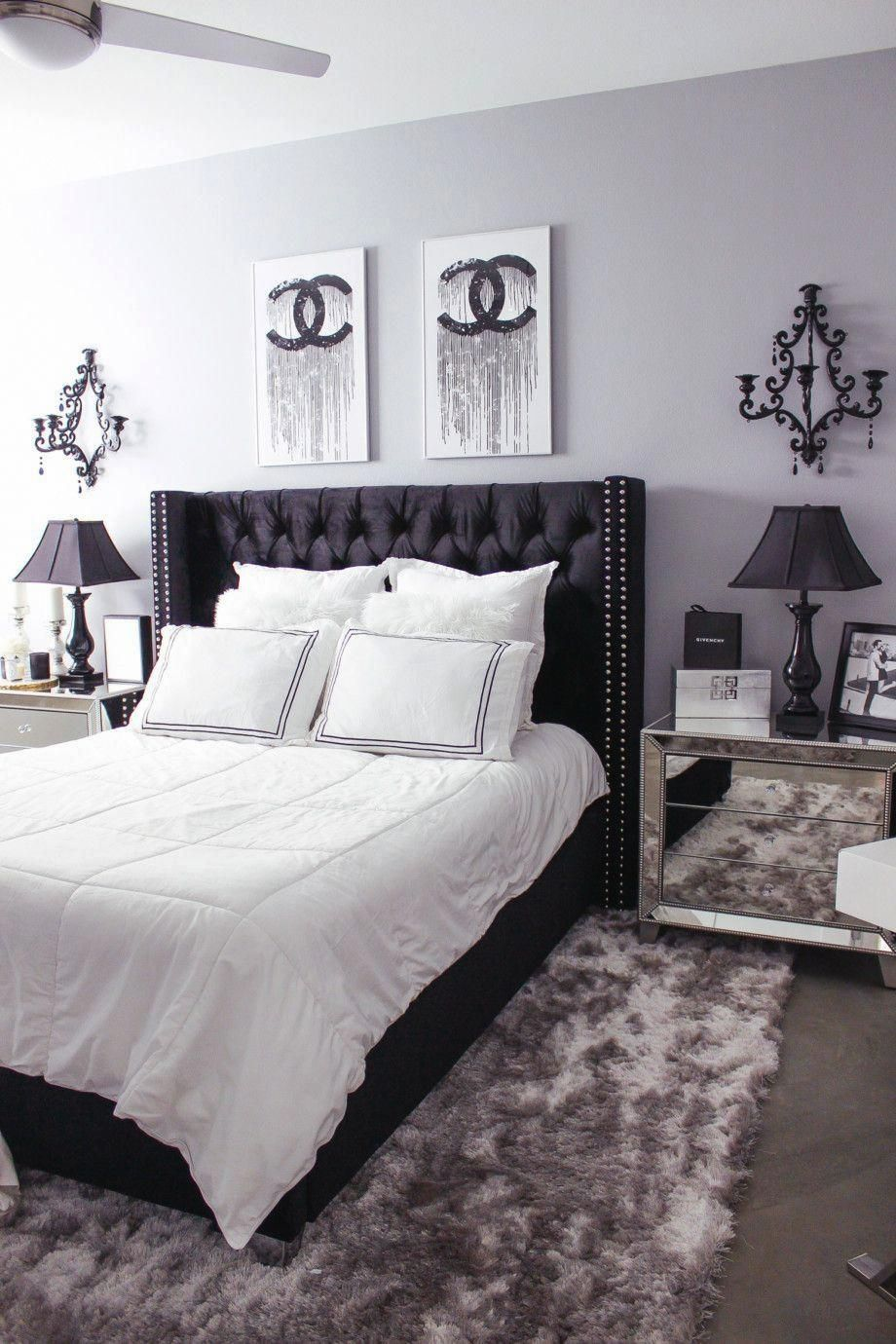 12 Minimalist Bedroom Decorating Ideas In 2020 White Bedroom Decor Black White Bedrooms White Bedroom