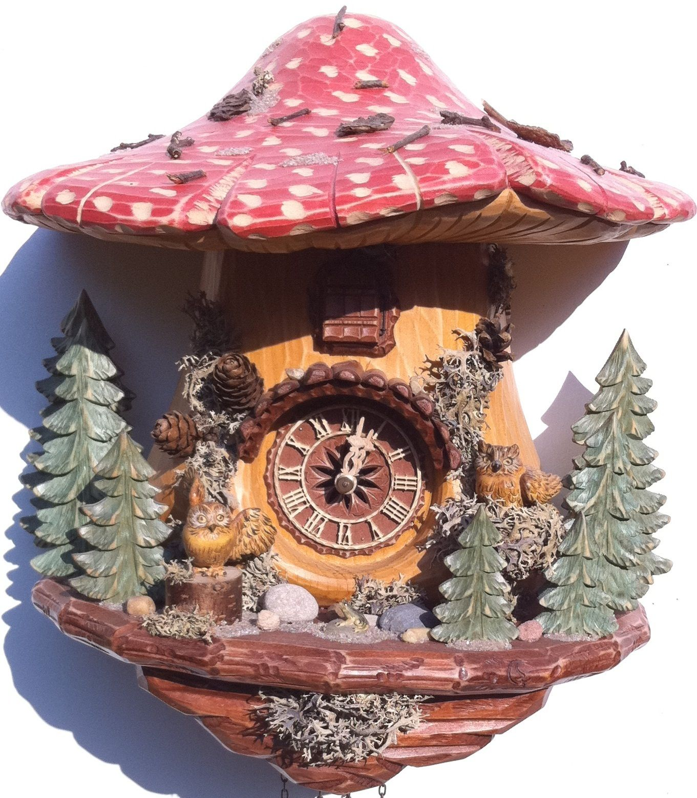 monroe and ro e are my favorite characters on the show so black forest owls cuckoo clock hand carved cuckoo clock on offer