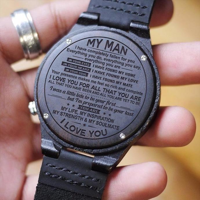 Uhr für Männer  tolles Geschenk für Männer Gravur aus Holz Uhr  perfektes Geschenk für Mann