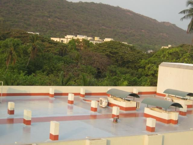 Waterproofing Roof Of The Eye Hospital In India Lv Prasad Eye Institute With Hyperdesmo Hospital House Styles Roof