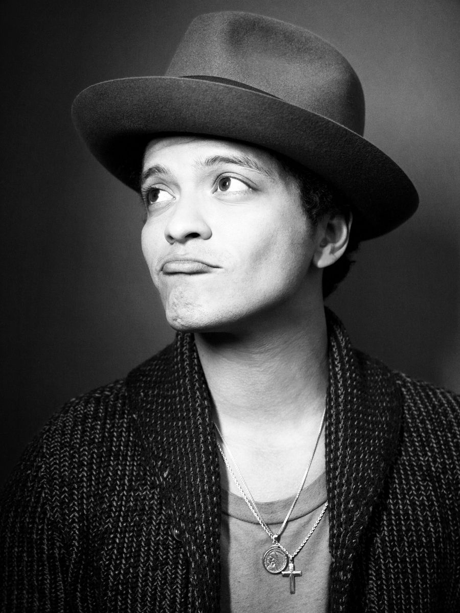 the beauty in details bruno mars Bruno mars is known for bringing 24k magic everywhere, but he's worth a lot more find out about his rise to the top in bruno mars' net worth here.