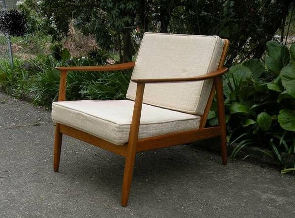 Seattle: DUX Midcentury Swedish Armchair, Ivory Cushions $230    Http://furnishlyst.com/listings/225951