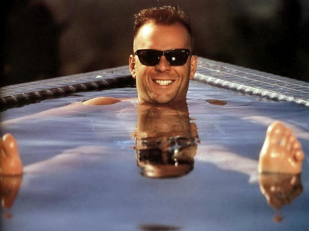 Bruce Willis in the tub
